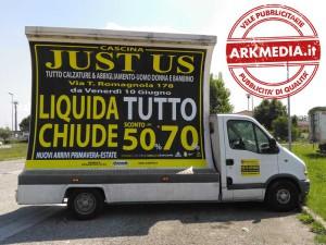 vele pubblicitarie cascina by Arkmedia: just us